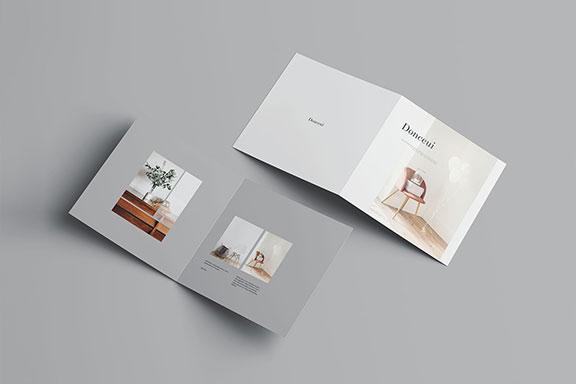 高级方形双折小册子样机PSD模板 Square Bifold Brochure Mockup插图(8)