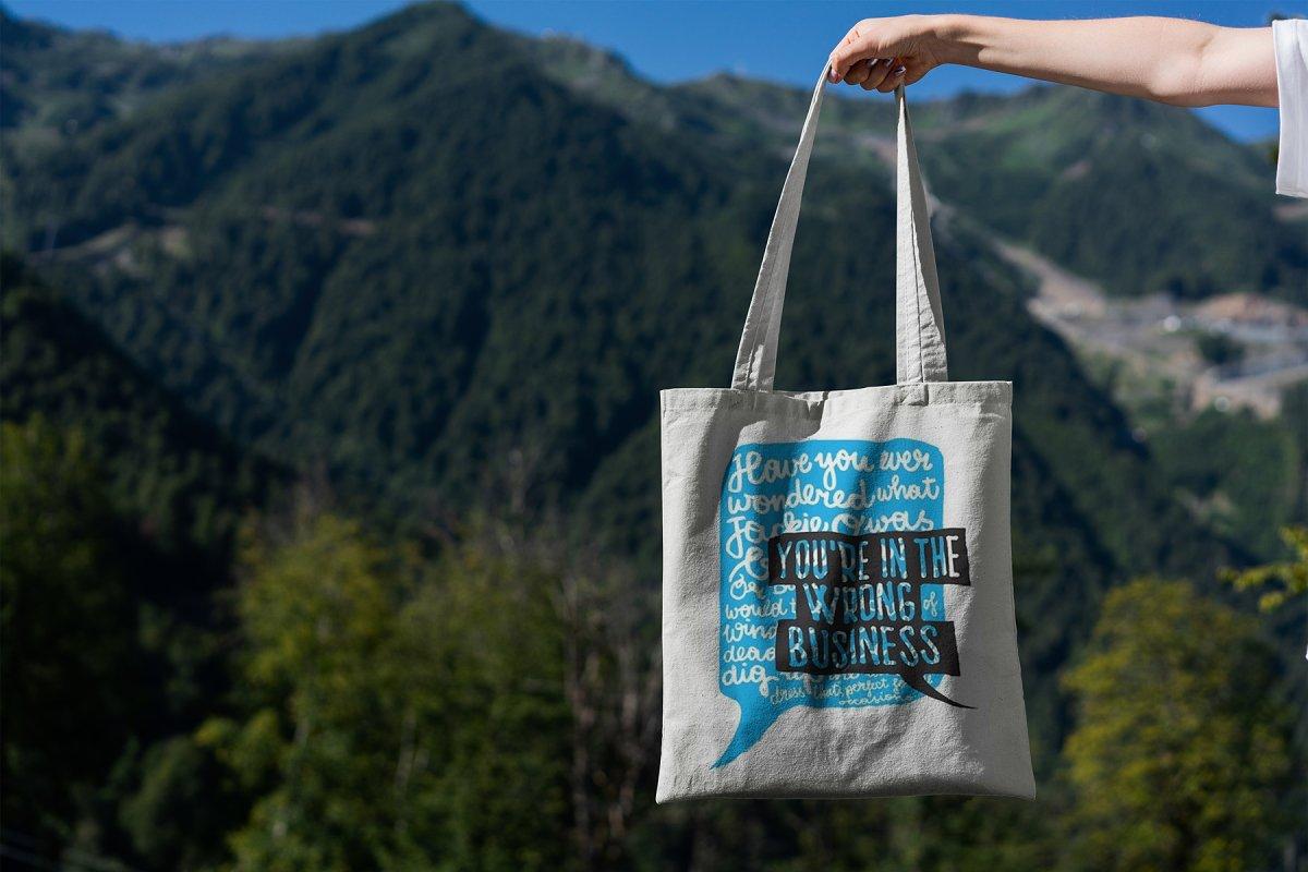 23款时尚生活方式手提帆布袋设计样机模板素材合集 Canvas Tote Bag Mockup Lifestyle插图(2)