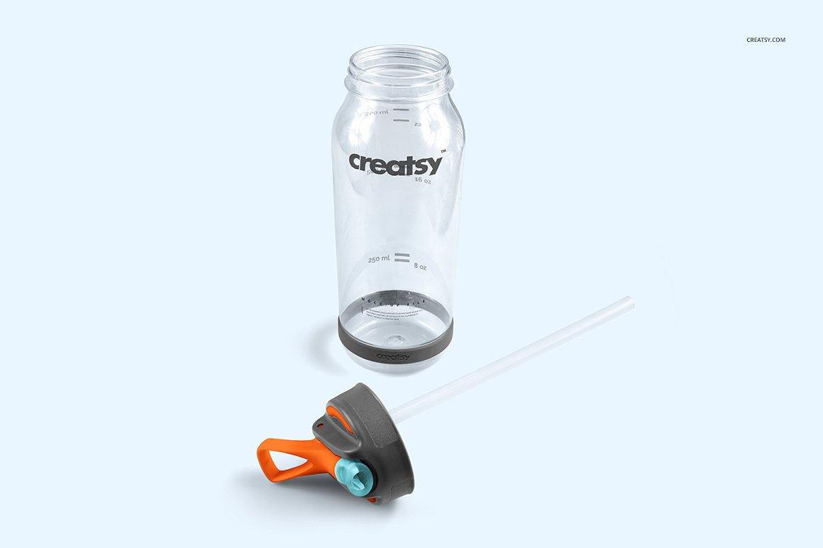 顶部翻转透明塑料水瓶外观设计效果图样机模板 Flip Top Clear Water Bottle Mockup插图(3)