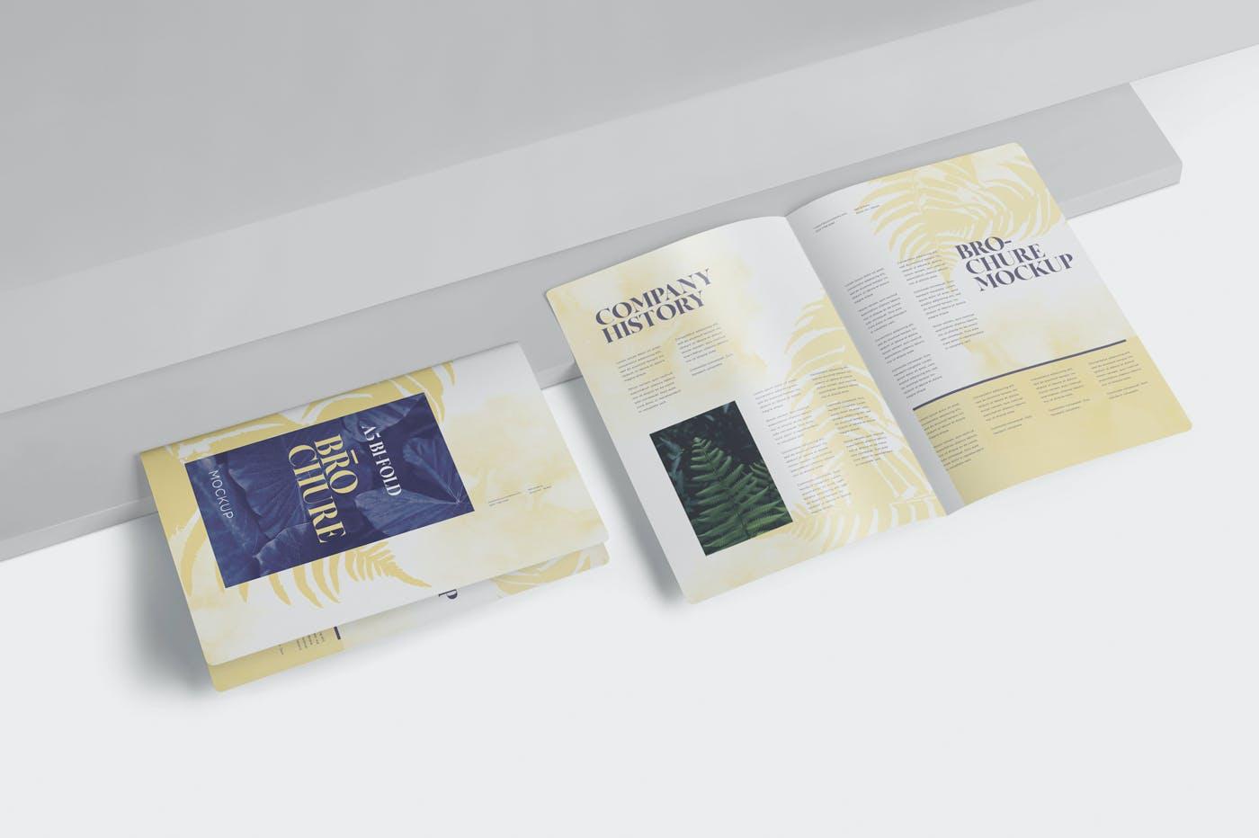 精美A5两折页小册子设计展示样机 A5 Bi-Fold Brochure Mockup Set – Round Corner插图(2)