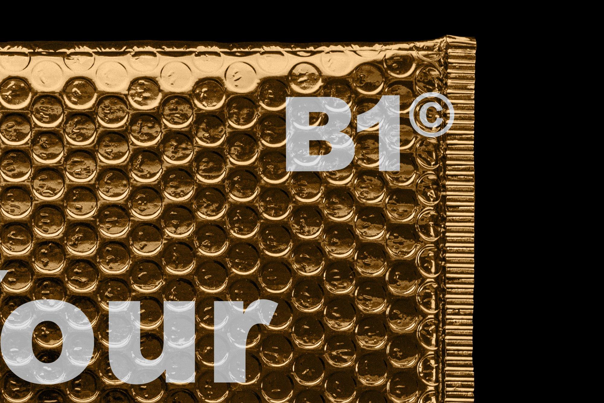 潮流金属铝箔气泡防震邮寄包装袋设计智能贴图样机模板 Gold Plastic Bag Mockup插图(6)