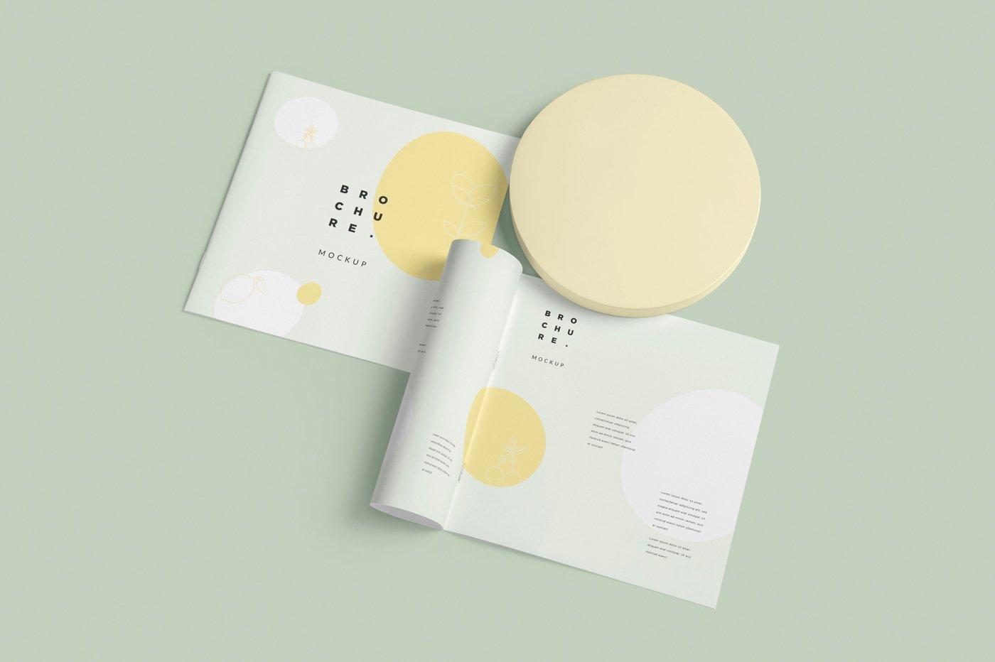 软封面方形小册子设计展示样机 Soft Cover Square Brochure Mockups插图