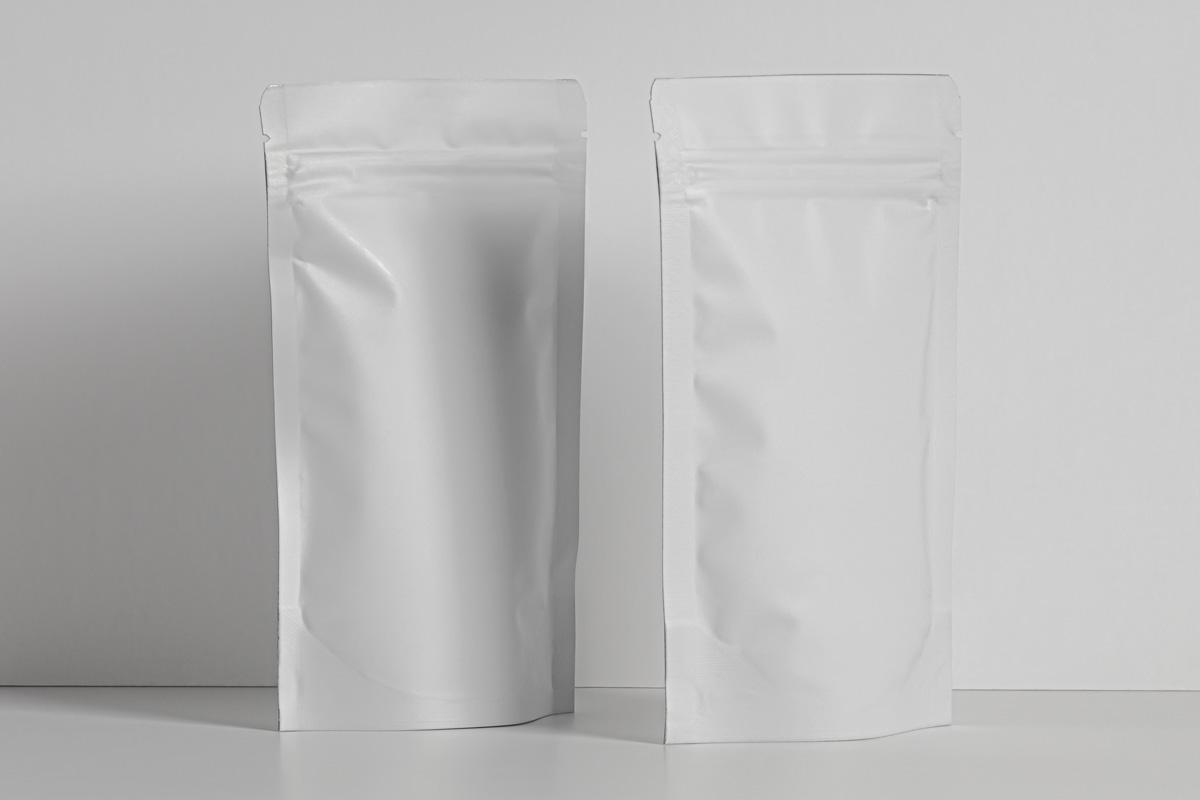 精美自立袋自封袋设计展示PSD样机模板 Psd Pouch Packaging Mockup Set插图(5)
