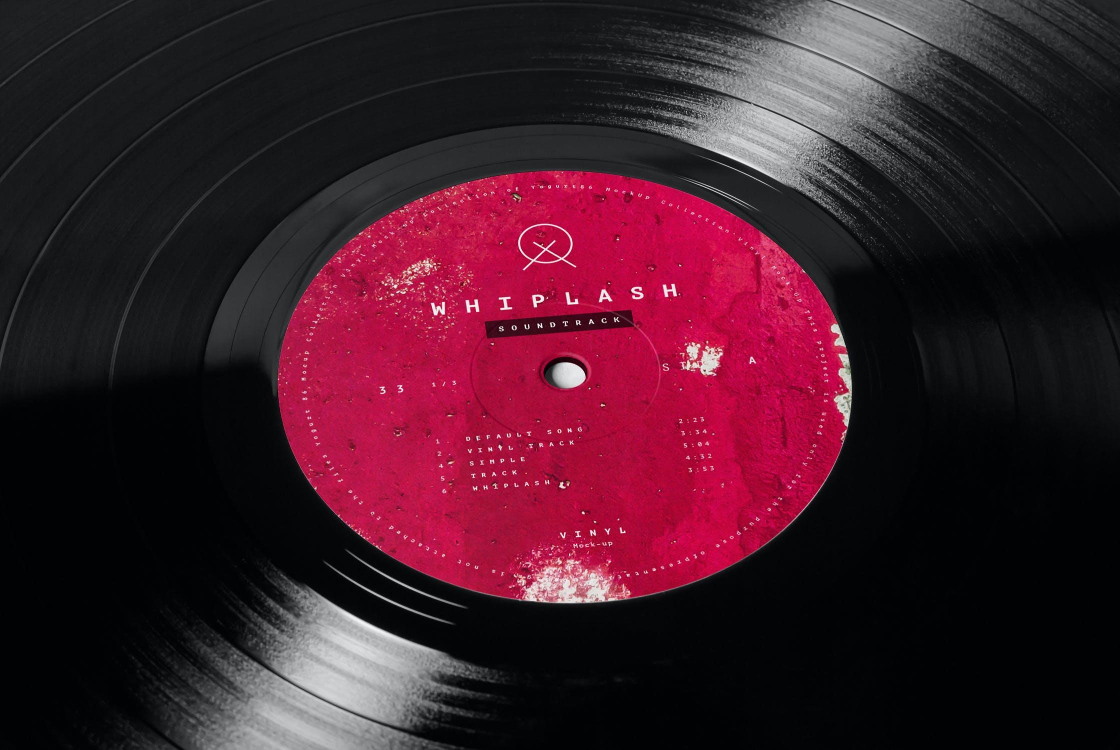 12款逼真黑胶片唱片纸袋设计展示样机 Vinyl Mockup 2插图(11)