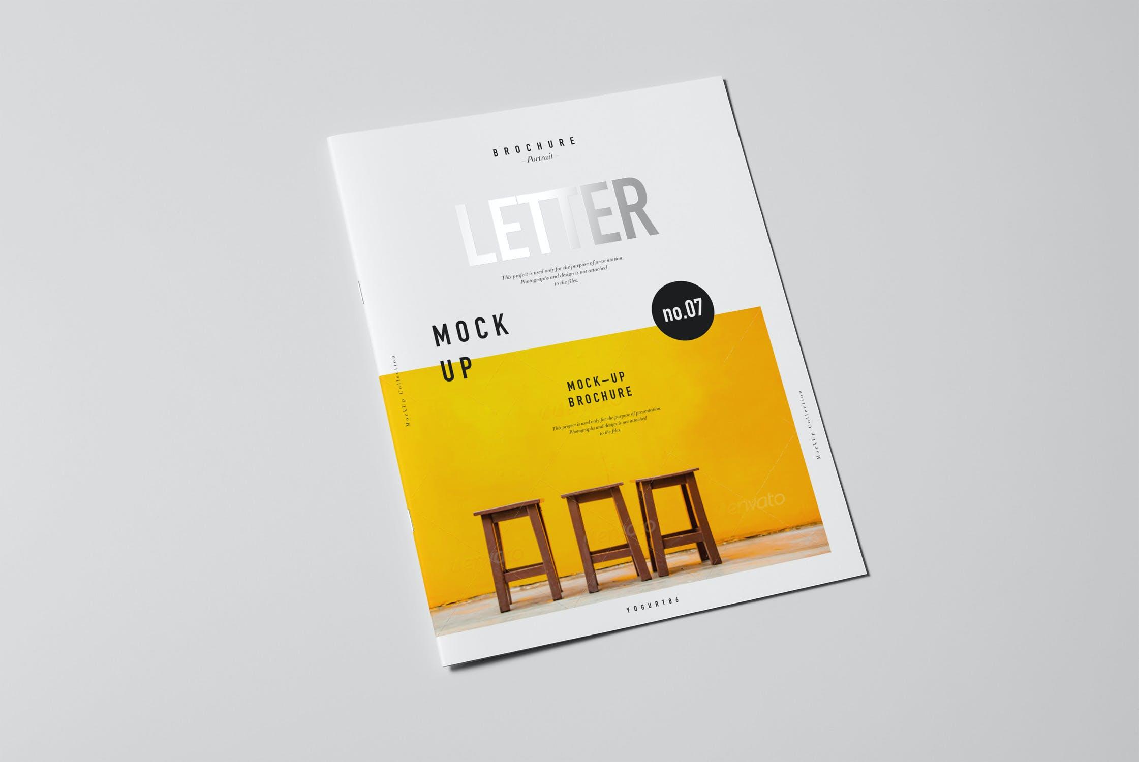 8款逼真骑马钉杂志画册设计展示样机模板 US Letter Brochure Mockup 2插图(3)
