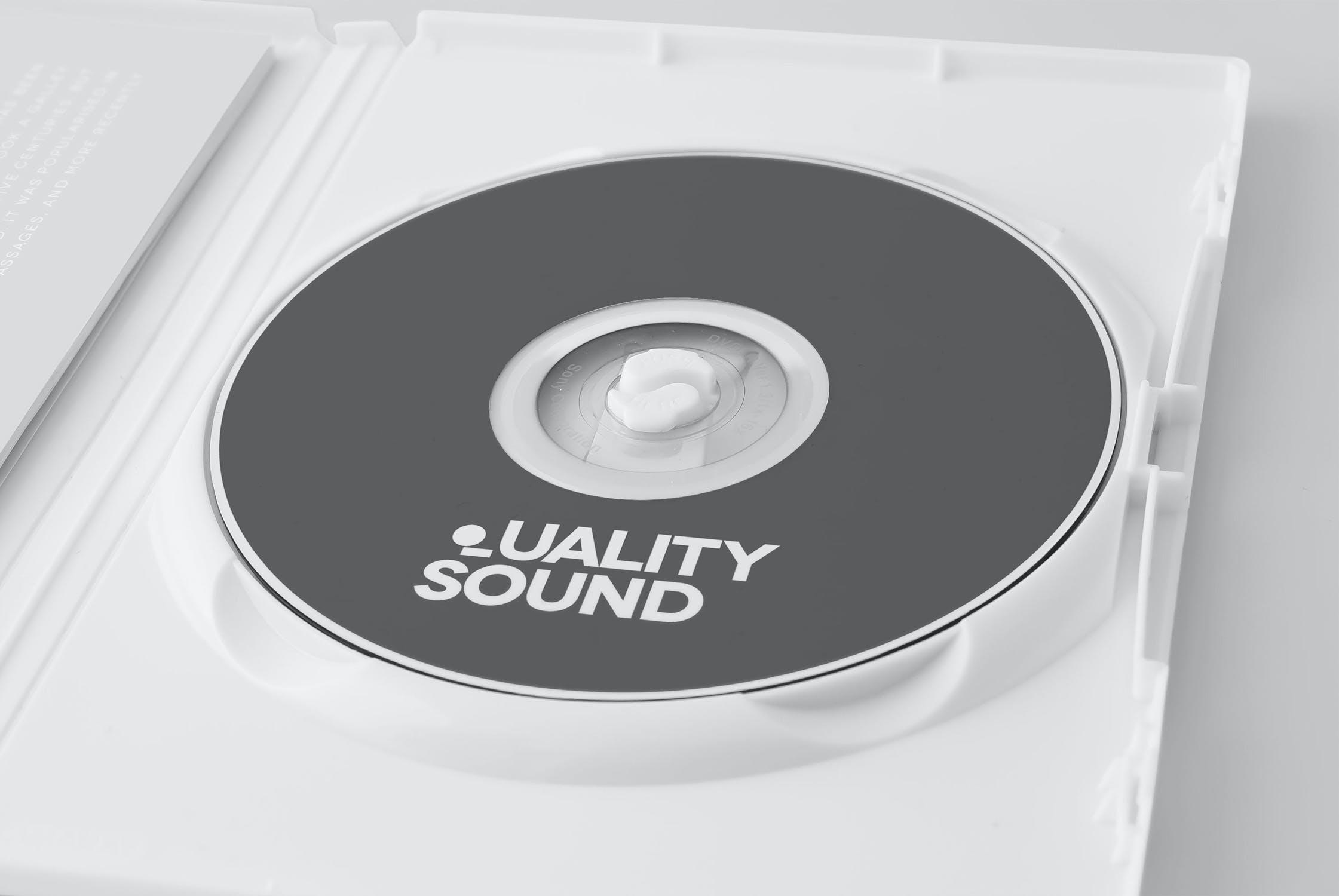 11款逼真CD/DVD包装盒设计展示样机模板 CD/DVD Album Mockup插图(8)