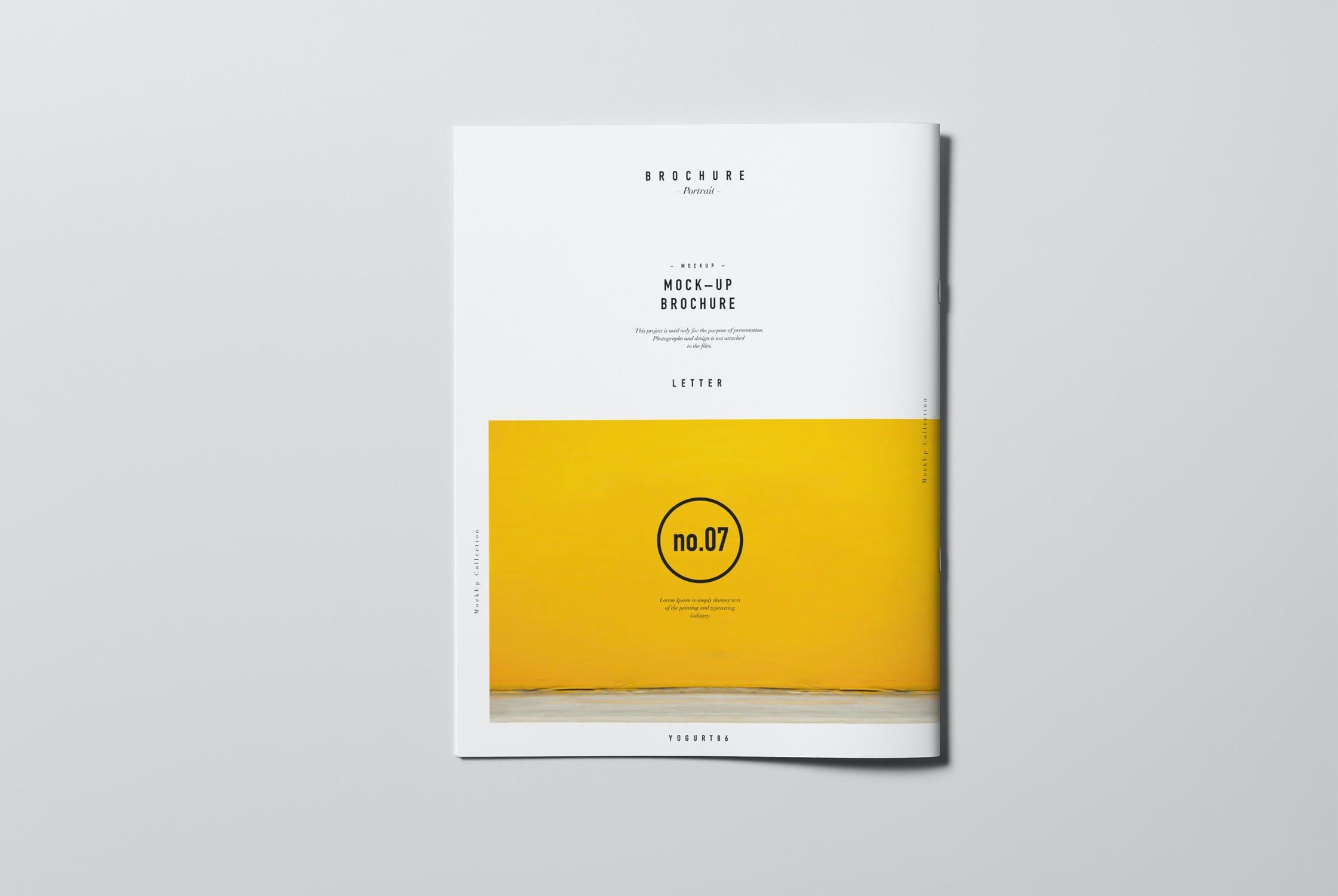 8款逼真骑马钉杂志画册设计展示样机模板 US Letter Brochure Mockup 2插图(8)