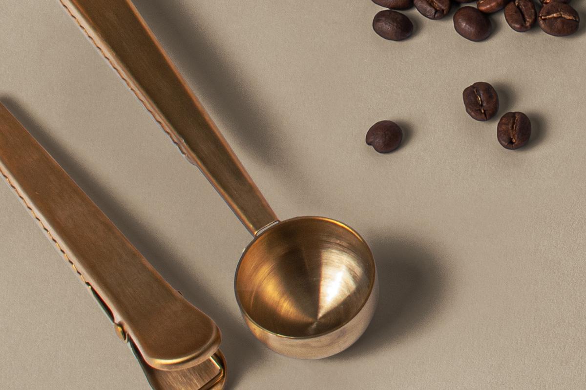 咖啡品牌设计名片纸杯展示样机模板 Branding Psd Coffee Set Mockup插图(2)