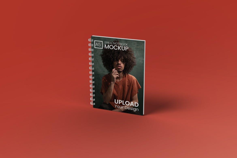 A5螺旋笔记本设计贴图样机模板 A5 Spiral Notebook Mockup插图(2)