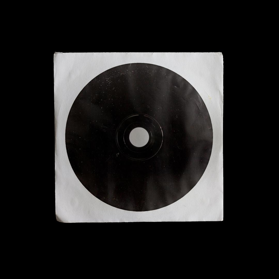 潮流复古CD光盘包装纸袋设计展示样机模板 CD Sleeve Mockup插图(4)