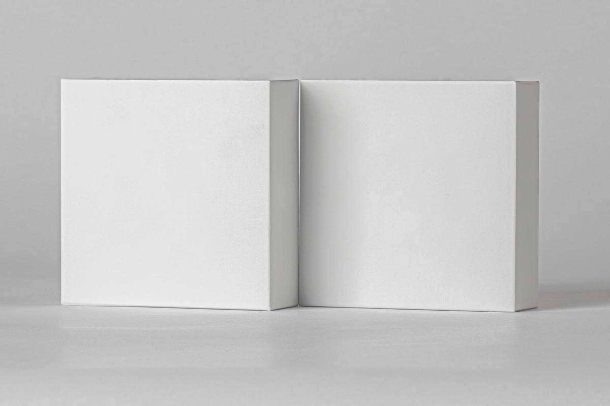 方形产品包装纸盒设计PSD样机合集 Small Psd Square Box Mockup Set插图5