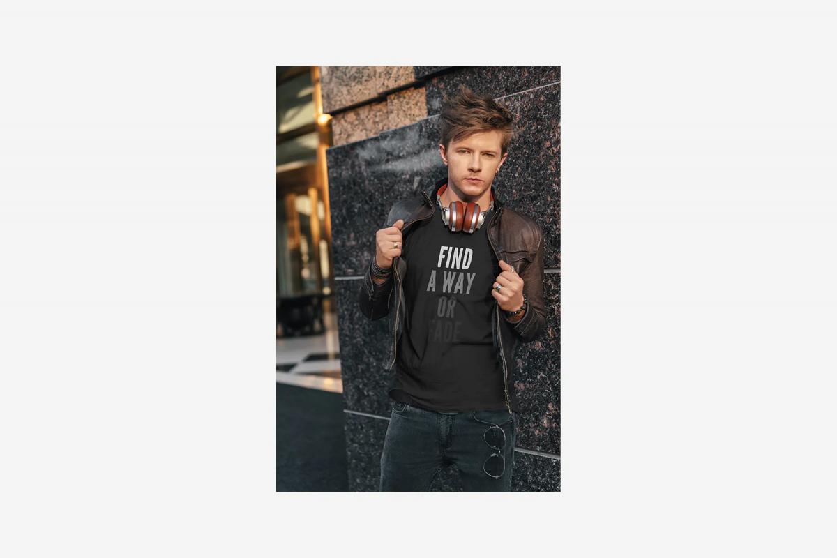 5款时尚街头潮牌男士半袖T恤印花图案设计展示样机 T-Shirt Mockup Music Style插图1