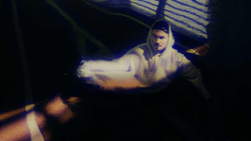 [单独购买] 潮流扭曲故障风视频转场特效编辑FCPX插件素材 MotionVFX – mTransition Distortion插图39