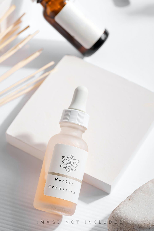 6款药物化妆品滴管瓶设计展示贴图样机合集 Dropper Bottle Mockup Set插图4