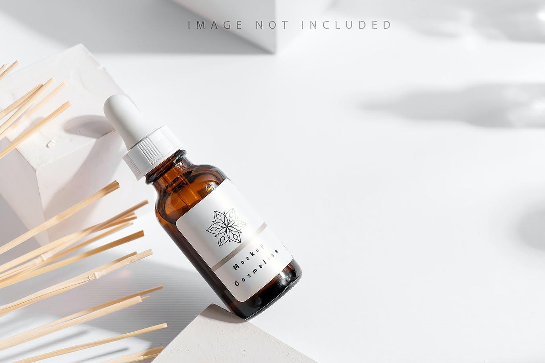 6款药物化妆品滴管瓶设计展示贴图样机合集 Dropper Bottle Mockup Set插图6