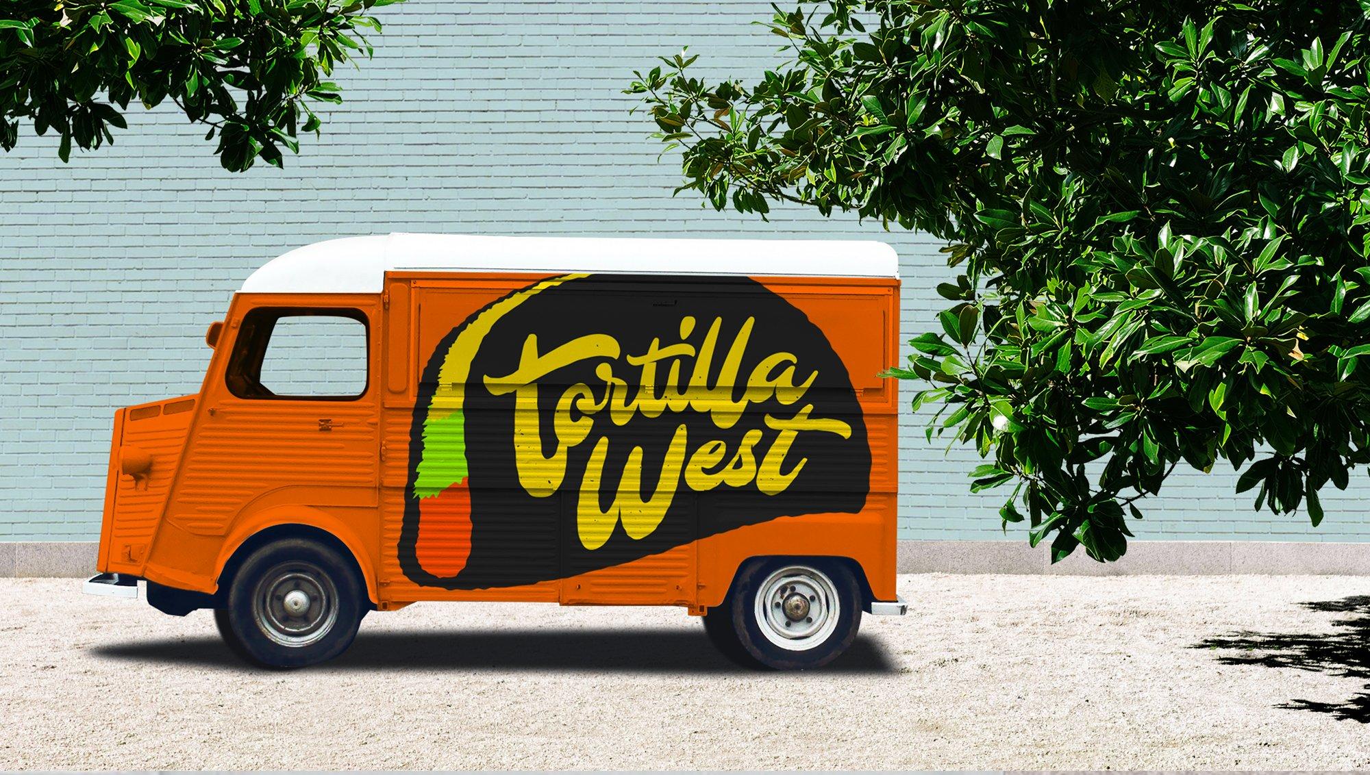 食品快餐车车身广告设计展示样机素材 Food Truck Branding Mockup插图2
