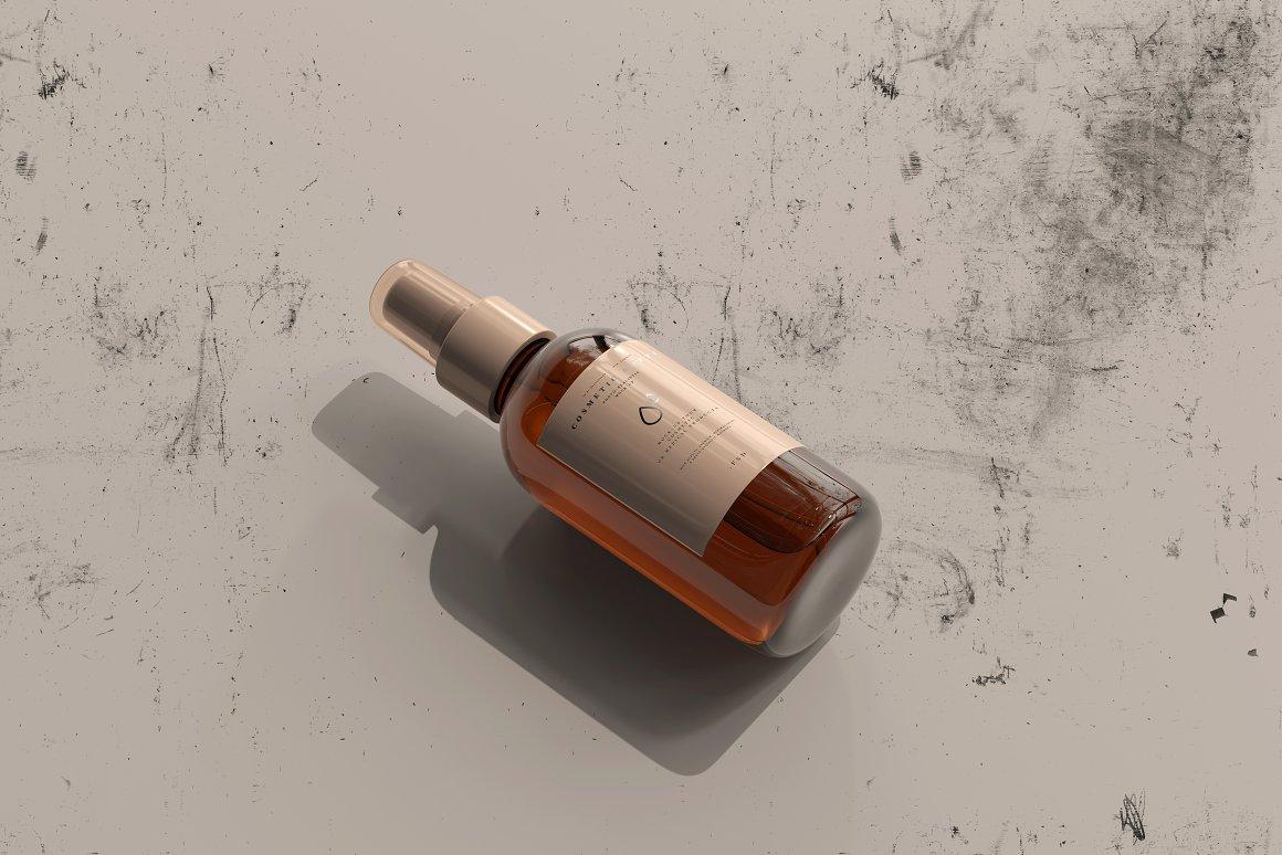 10款琥珀色玻璃化妆品喷雾瓶包装盒设计贴图样机 Amber Cosmetic Spray Bottle Mockup插图7