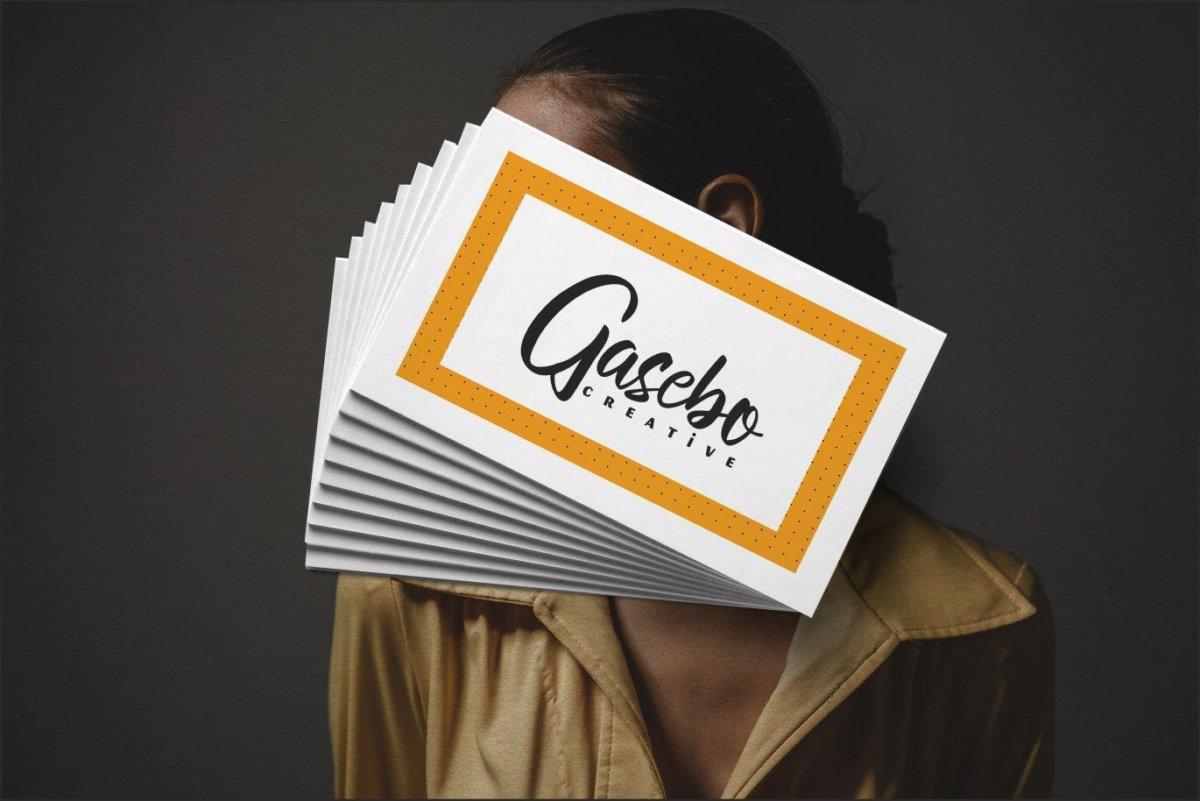 现代毛笔书法风格海报贺卡邀请函设计手写英文字体 Astilula | Modern New Script Font插图1
