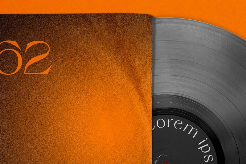 复古黑胶唱片包装袋设计PS贴图样机模板 Vinyl Record & Cover Mockup插图6