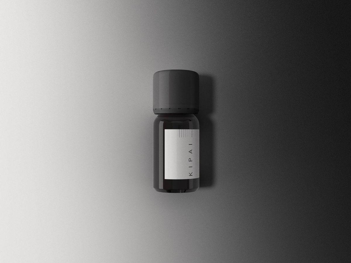 Amber-Bottle-Mockup